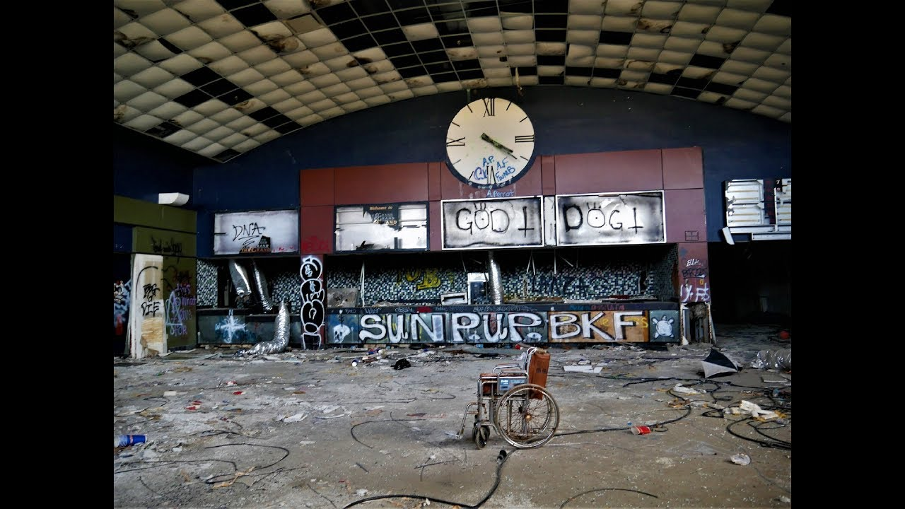 Hurricane Closed This Once Pristine ABANDONED MOVIE THEATER | Chicago Dive Bar
